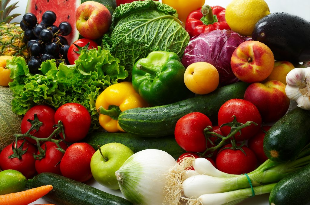 Eating fruits and vegetables is the most efficient way to fight obesity