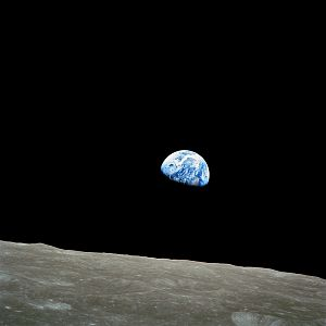 Earthrise by Anders - Anders is an example of exceptional CEO performance