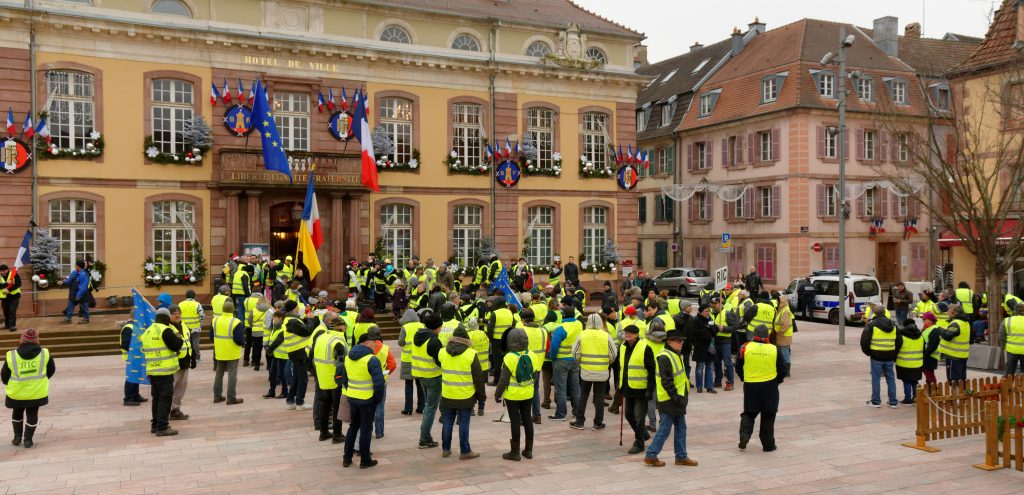 Yellow Vest Protets in Belfort, France - copyright : Thomas Bresson